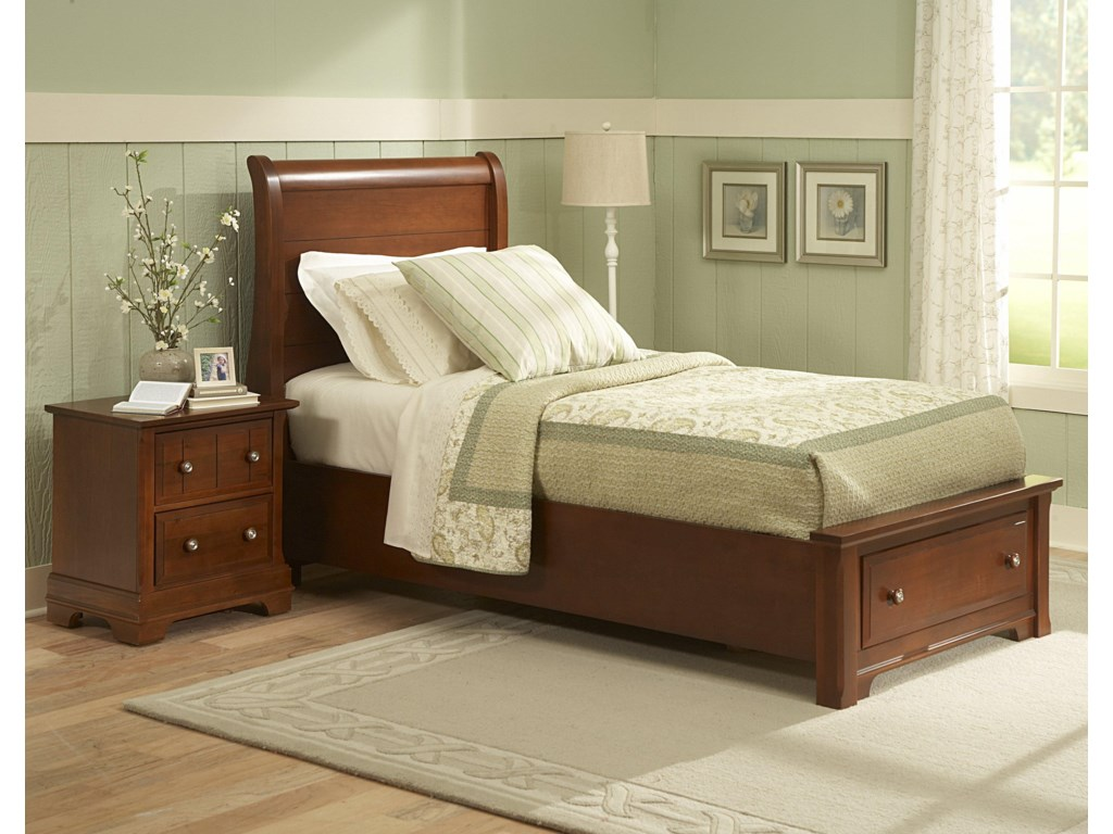 Vaughan Bassett CottageFull Sleigh Storage Bed