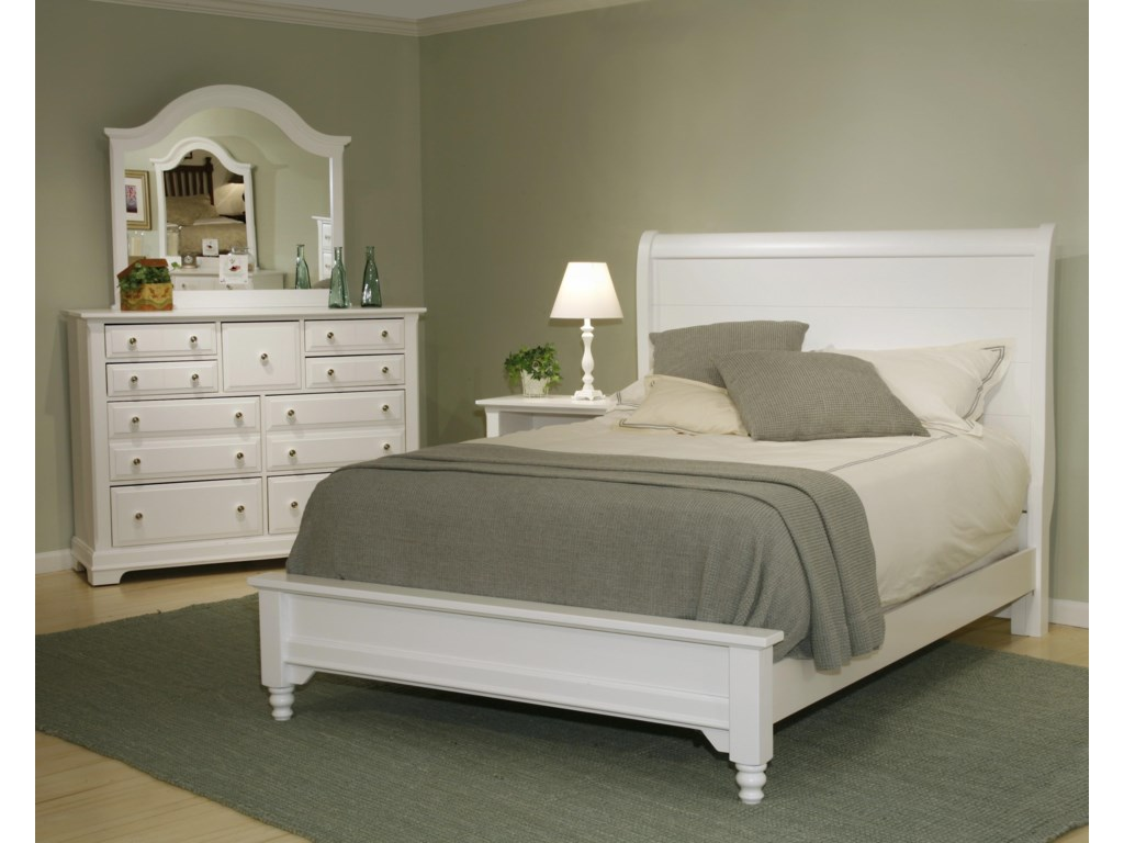 Vaughan Bassett CottageKing Sleigh Bed w/ Low Footboard