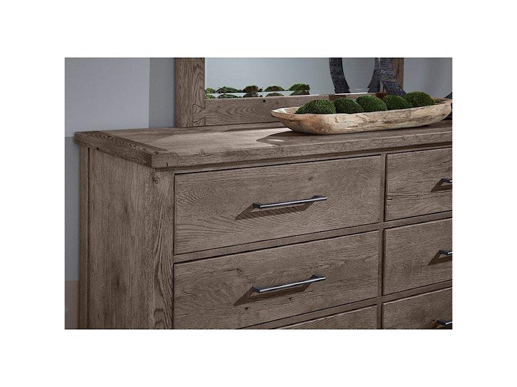 Vaughan Bassett Dovetail8-Drawer Dresser