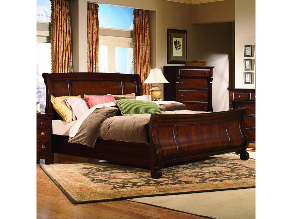 Vaughan Furniture GeorgetownQueen Sleigh Bed