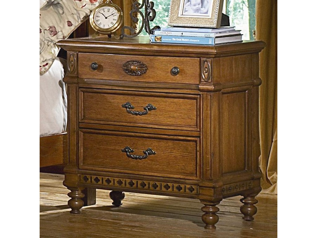 Vaughan Furniture Southern Heritage3 Drawer Nightstand