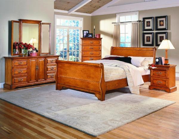Madison Manor Oak Classics 5 Piece Queen Bedroom Set Rotmans