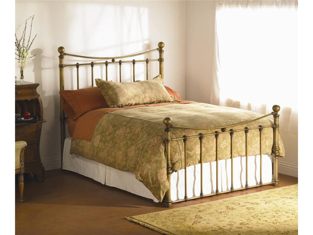 Wesley Allen QuatiQueen Headboard and Footboard Bed
