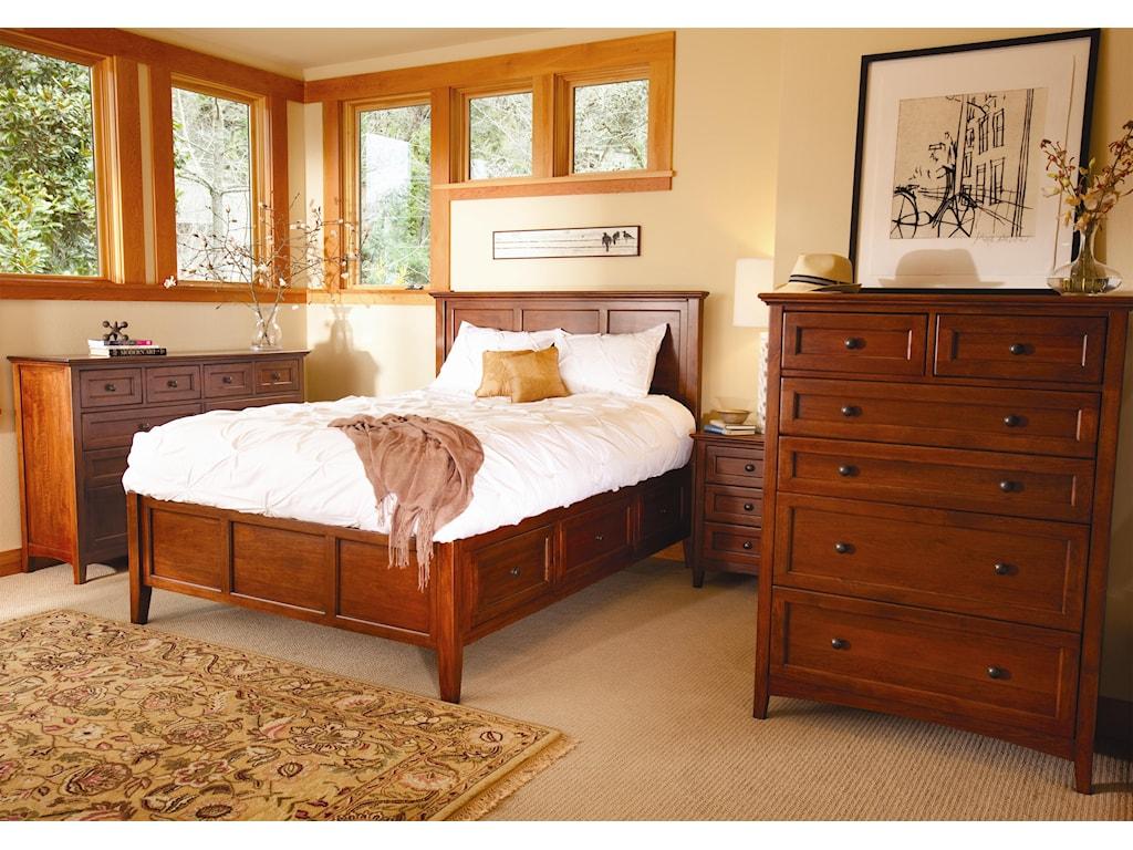 Whittier Wood McKenzie10 Drawer Dresser
