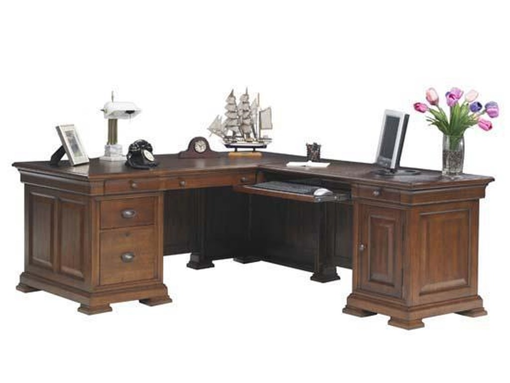 Winners Only ClassicComputer Desk With Return