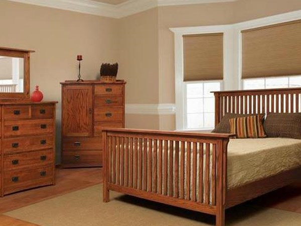 Four Piece Queen Bedroom Set