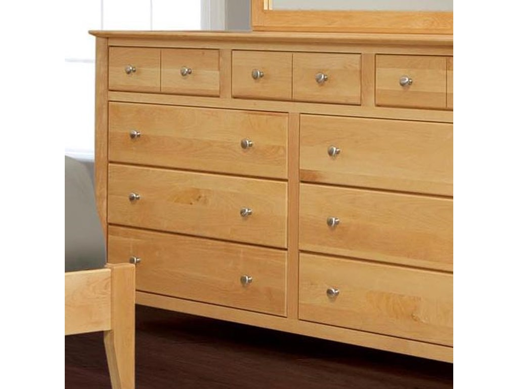 Witmer Furniture Stratford9-Drawer Dresser