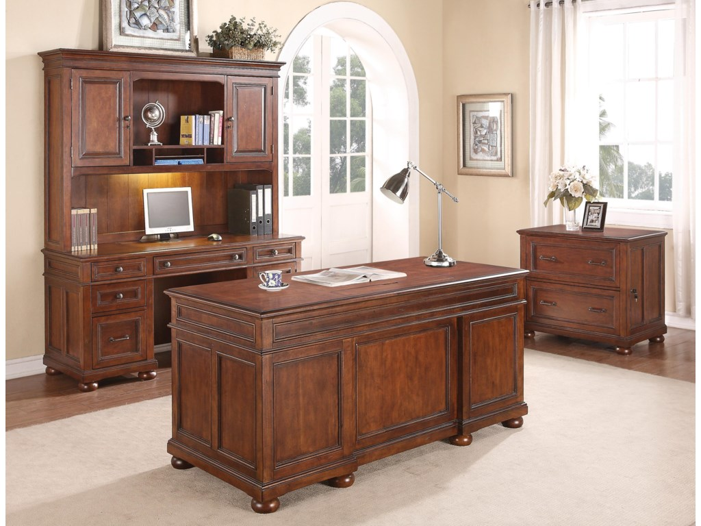 Flexsteel Wynwood Collection American HeritageExecutive Desk with Hutch