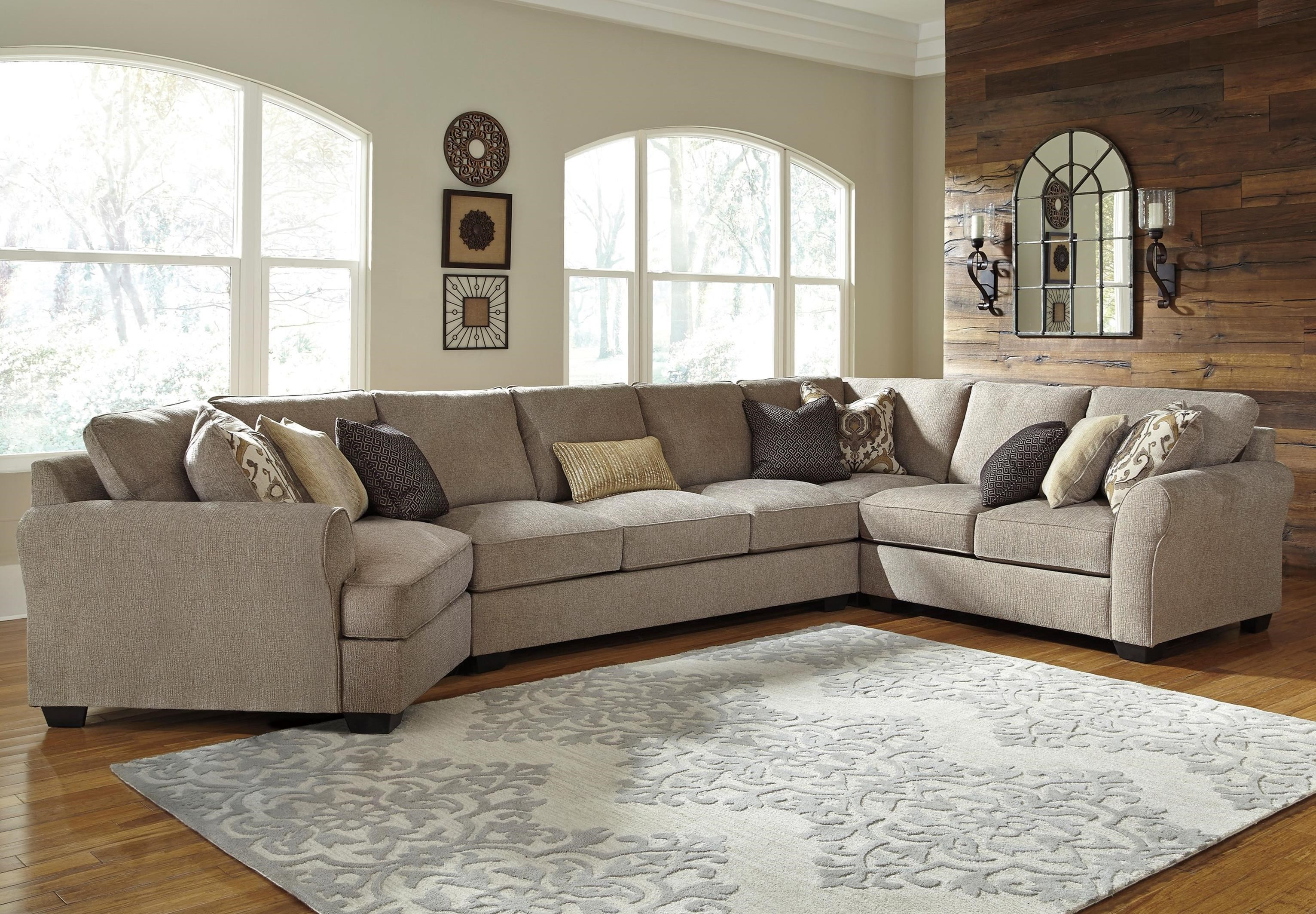 Benchcraft Pantomine 4 Piece Sectional with Left Cuddler