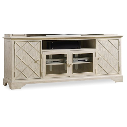 Hooker furniture sunset point 80 casual cottage coastal for Furniture 500 companies